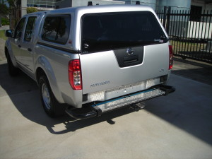 NISSAN D40 NAVARA XHD SINGLE TUBE REAR 1